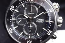 Chronograph + Date function on Oris Chronograph Automatic