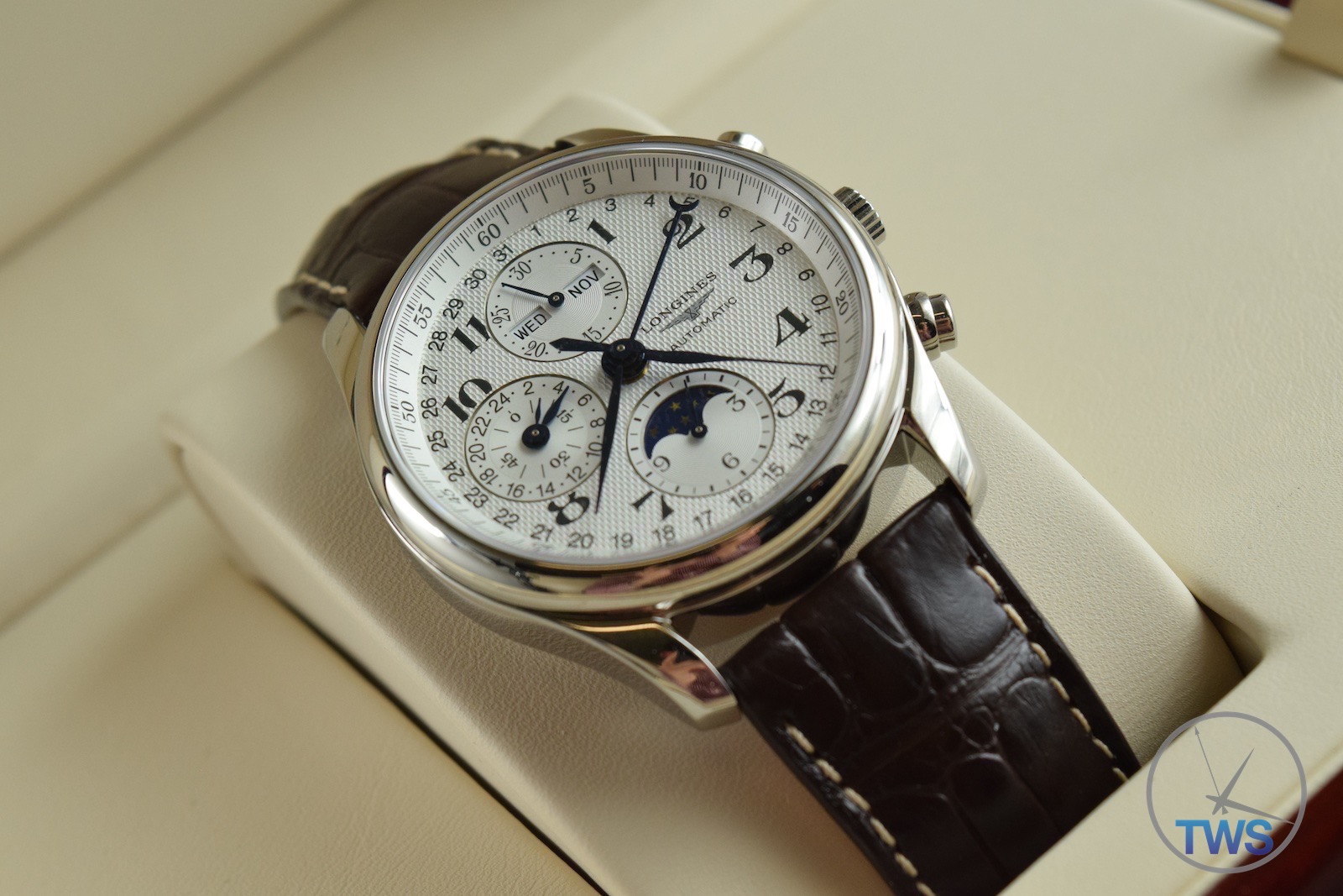 longines master collection moon phase unboxing review l2 673 4 longines master collection moon phase unboxing review l2 673 4 78 3 sitting