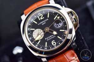 Unboxing Review: Panerai Luminor GMT 44mm [PAM00088] GMT + Date function on Panerai Luminor GMT