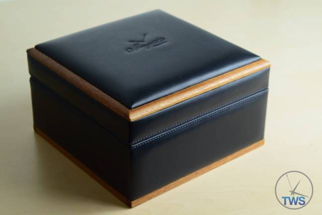Breguet Classique 5277- Unboxing Review [5277bb-12-9v6] - supplied leather presentation box