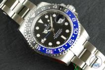 Review of the Rolex GMT Master II [116710BLNR] aka 'The Batman' Side view of the dial