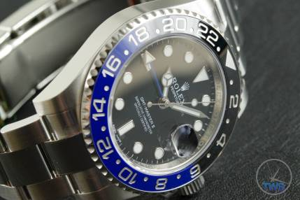 Review of the Rolex GMT Master II [116710BLNR] aka 'The Batman' Side view crown down