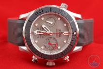 Side shot of Omega Seamaster 300m Diver Co-Axial Chronograph 44mm: Hands-On Review [212.92.44.50.99.001 ETNZ] strait on with crown down