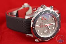 Side shot of Omega Seamaster 300m Diver Co-Axial Chronograph 44mm: Hands-On Review [212.92.44.50.99.001 ETNZ] facing the right