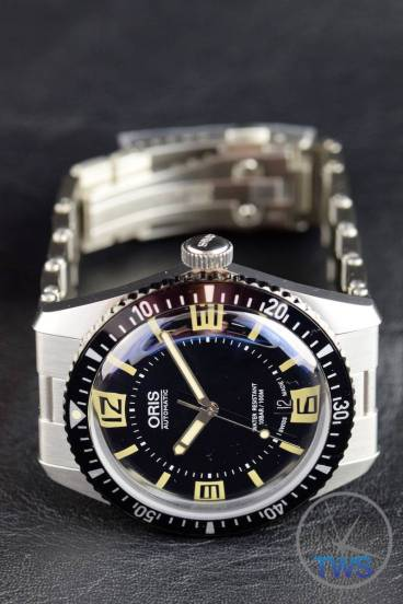 The Oris Divers Sixty-Five (With Metal Bracelet) [01 733 7707 4064-07 8 20 18] Bracelet Pulled Strait Back