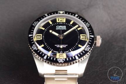 The Oris Divers Sixty-Five (With Metal Bracelet) [01 733 7707 4064-07 8 20 18] Dial Centred