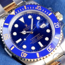 Diagonal dial close up of Rolex Submariner Date: Hands-On Review [116613LB]