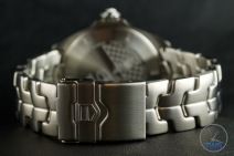 Folding safety clasp on Tag Heuer Senna Special Editions formula 1 waz1012.ba0883 Unboxing Watch Review