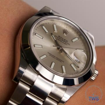 Rolex Oyster Perpetual Datejust II: Hands-On Review [116300 Silver Index] - Worn on the wrist