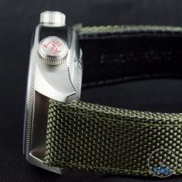 OrisBig Crown ProPilot Altimeter 47mm: Hands-On Review[01 733 7705 4134-07 5 23 14FC] - Side profile of watch casing