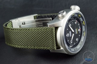 OrisBig Crown ProPilot Altimeter 47mm: Hands-On Review[01 733 7705 4134-07 5 23 14FC] - Green textile strap 23mm wide, on watch facing the right with crown up